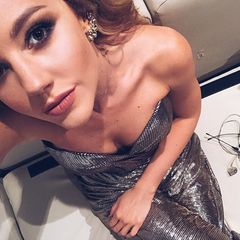 38. Юлианна Караулова #селфи
