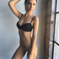 91. Эмили Ратаковски