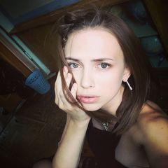 19. Яна Енжаева